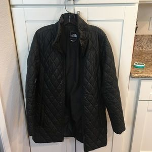 Black quilted north face coat jacket L
